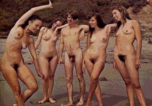 Auriez-vous aimé vivre le nudisme des années 70? - Page 2 Nudist15