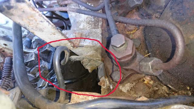 [ Ford transit 2.4 diesel an 1978 ] moteur qui à redémarrer Dsc_4919