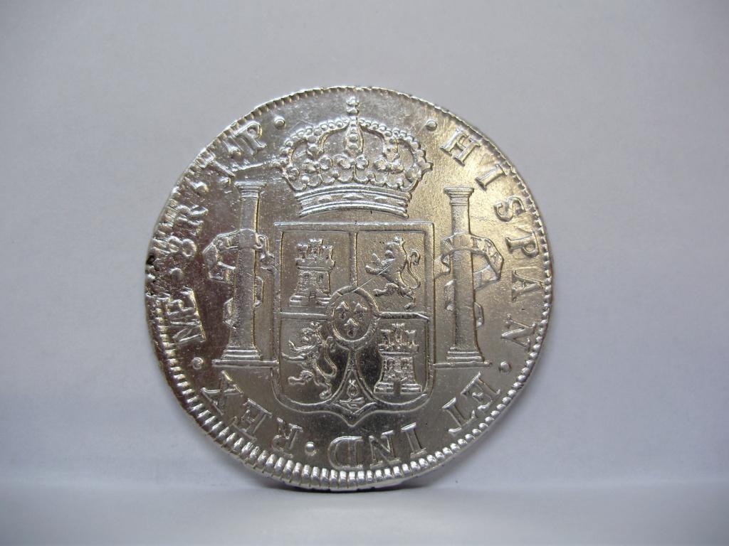 8 reales 1810. Fernando VII. Lima  P1010011