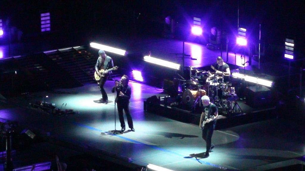 El topic de U2, tambien te puedes poner un tema de U2 - Página 17 Dsc00420