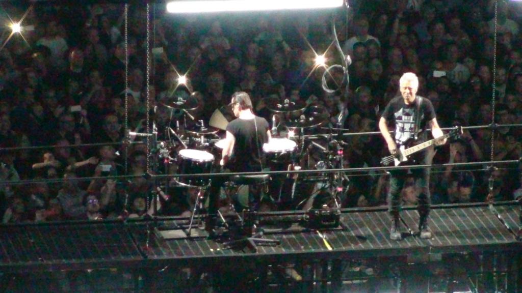 El topic de U2, tambien te puedes poner un tema de U2 - Página 17 Dsc00511