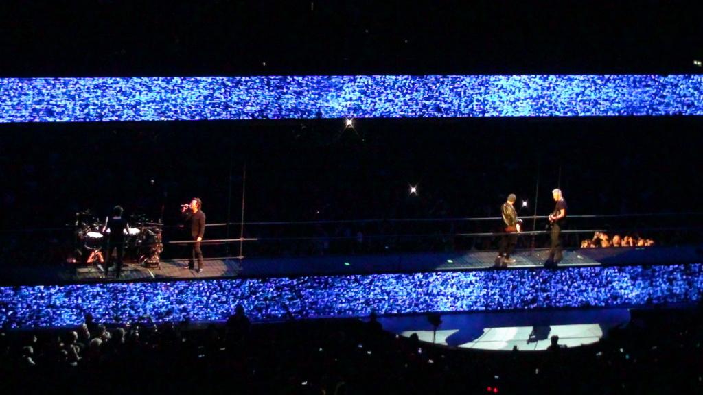 El topic de U2, tambien te puedes poner un tema de U2 - Página 17 Dsc00512