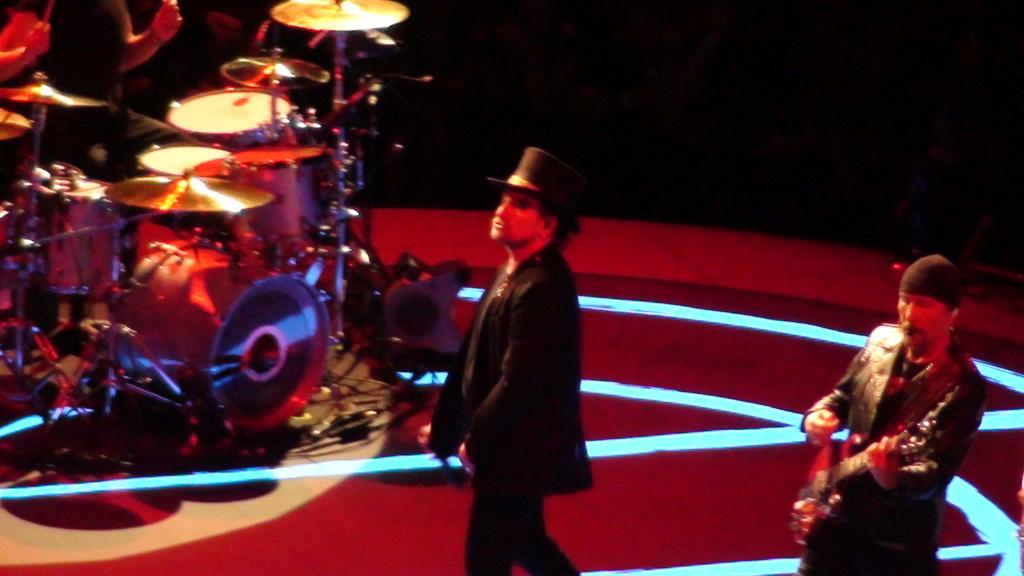 El topic de U2, tambien te puedes poner un tema de U2 - Página 17 Dsc00610