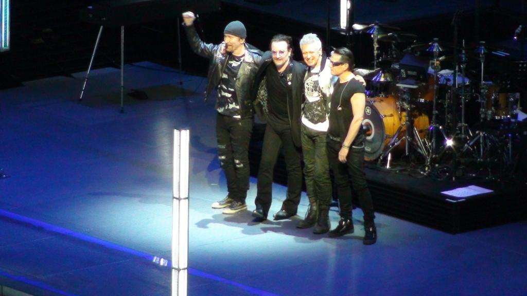 El topic de U2, tambien te puedes poner un tema de U2 - Página 17 Dsc00713