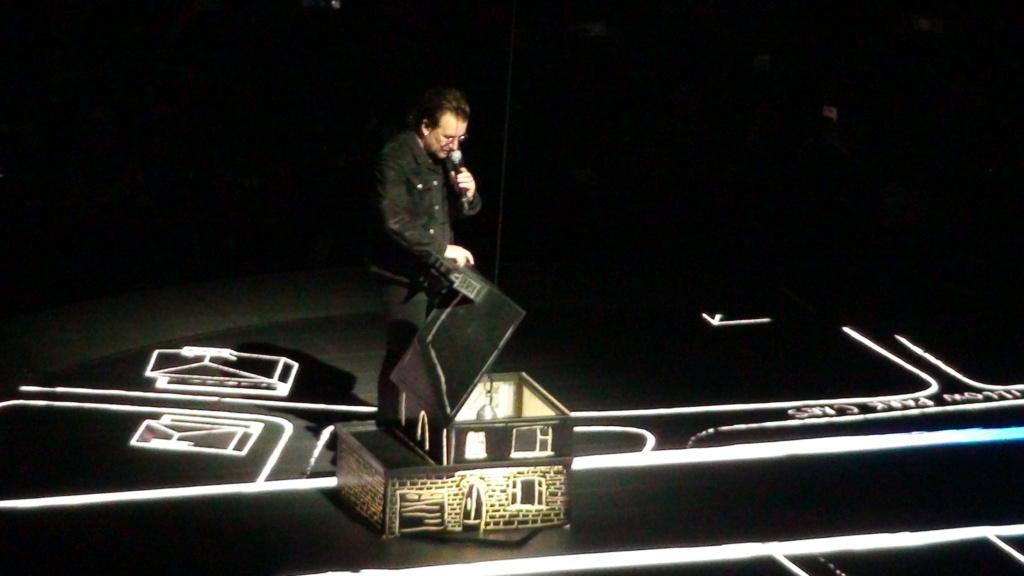 El topic de U2, tambien te puedes poner un tema de U2 - Página 17 Dsc00714