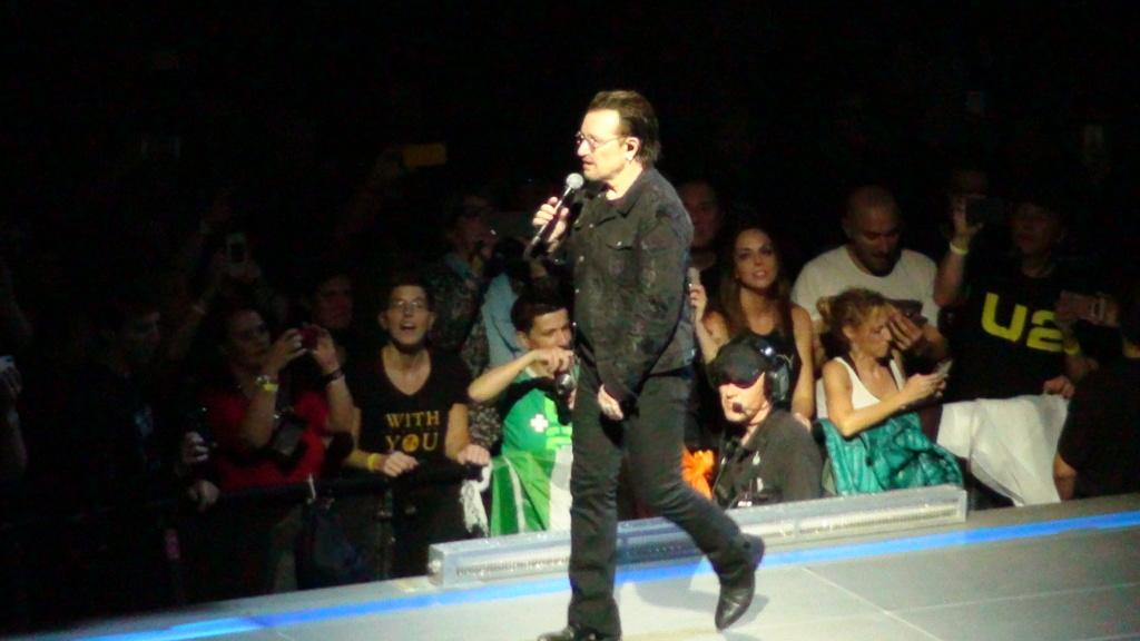 El topic de U2, tambien te puedes poner un tema de U2 - Página 17 Dsc00715