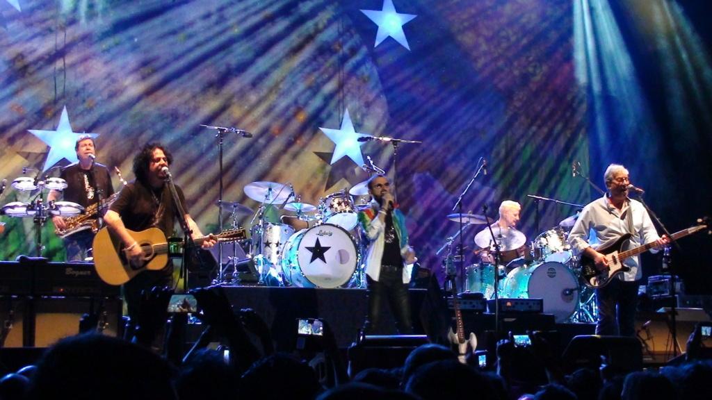 Ringo Starr quiere grabar con McCartney y Dylan - Página 2 Dsc01615
