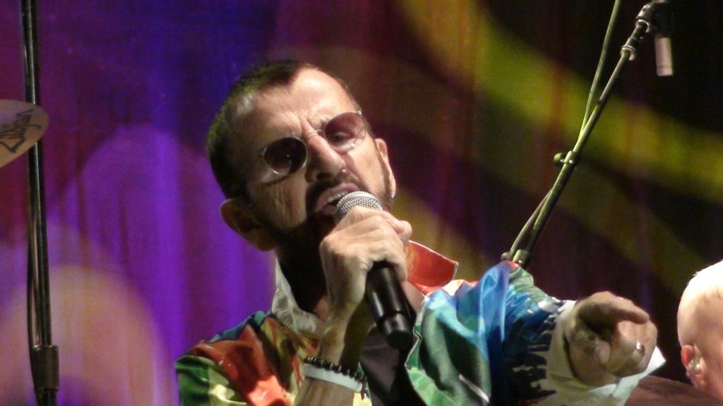 Ringo Starr quiere grabar con McCartney y Dylan - Página 2 Dsc01711