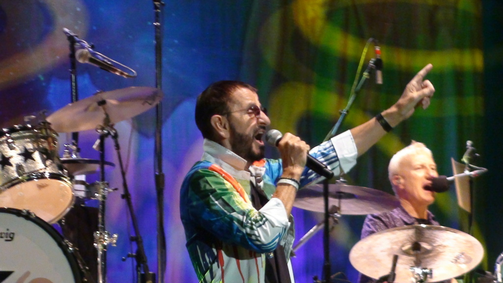 Ringo Starr quiere grabar con McCartney y Dylan - Página 2 Dsc01712