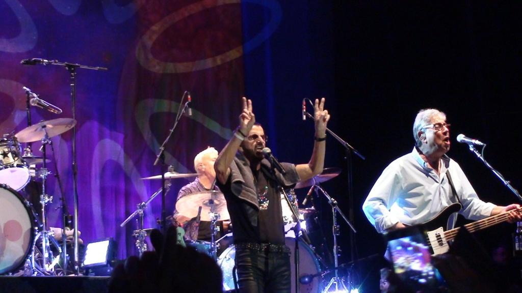 Ringo Starr quiere grabar con McCartney y Dylan - Página 2 Dsc01714