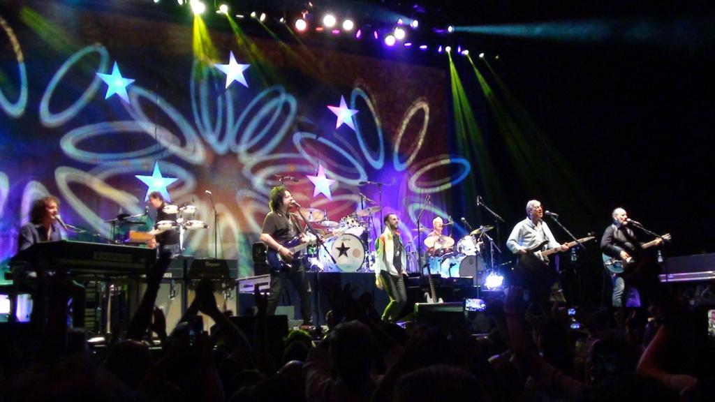 Ringo Starr quiere grabar con McCartney y Dylan - Página 2 Dsc01715