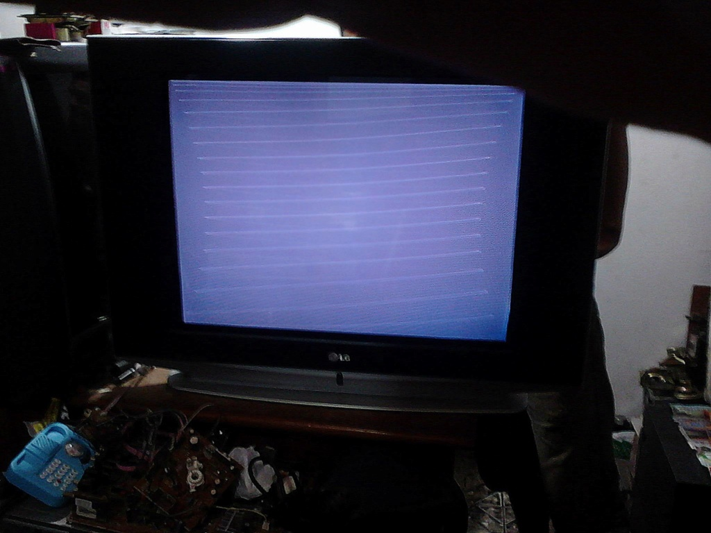 tv Samsung CL21A551ML listras na tela Defeit11