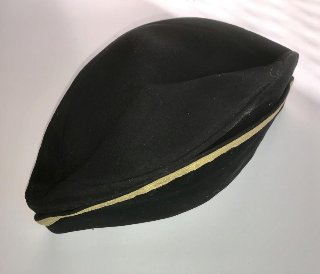 Identification bonnet de police 1a5a1910