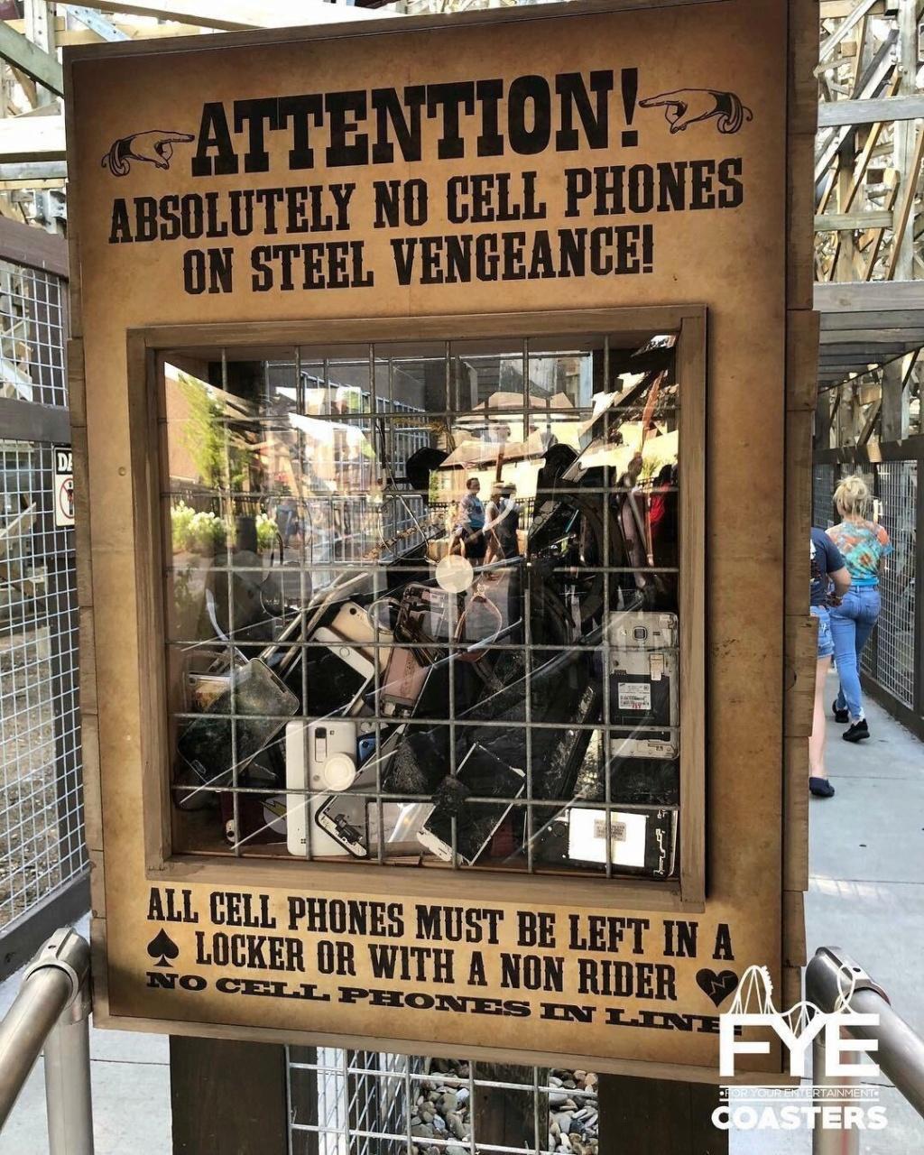 Infos Parc : Cedar Fair interdit les cellulaires dans les files d'attentes 5de3b210