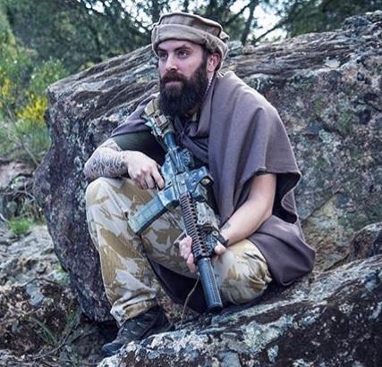 Kit/Loadout Taliban / Pashtun / CIA CAG / Insurgente 5bb8f010