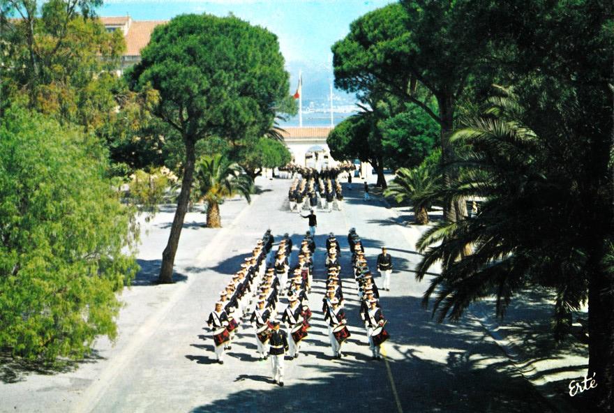 [La musique dans la Marine] Les fanfares des écoles... - Page 3 Gem_1910