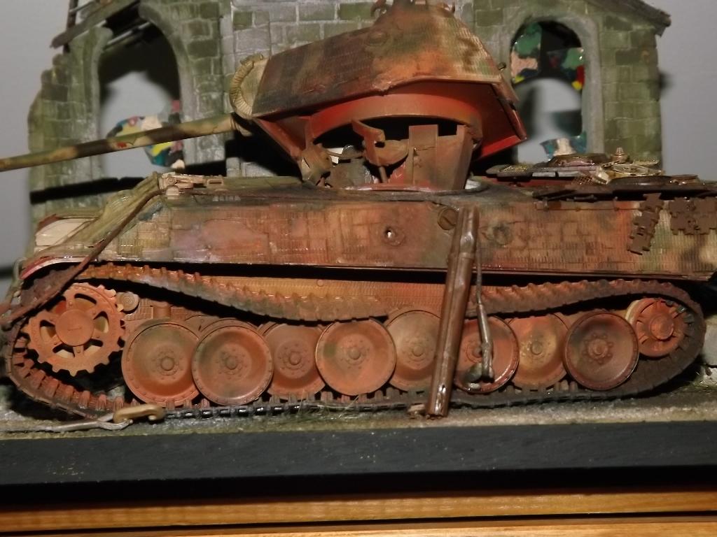 Normandie 44 la fin de la bête....Panther Tamiya 1/35 église scratch - Page 3 07_12_11