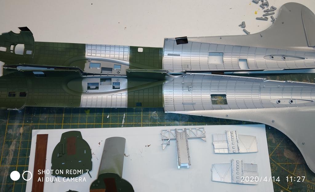 MONTAGE B-17 G HK au 1/48  14_04_18