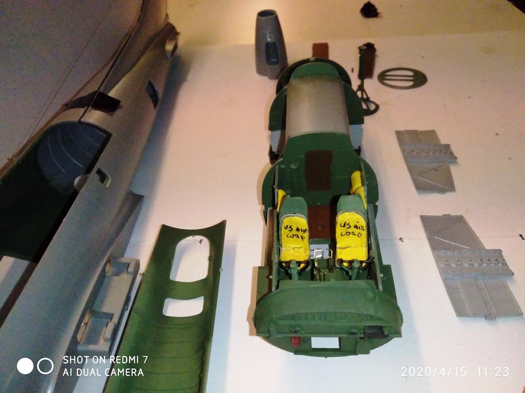 MONTAGE B-17 G HK au 1/48  15_04_11