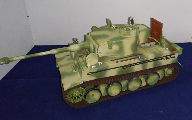Tigre 1 RMF .s.PZ.ABT.503 Eastern front 1943 full intérieur 1/35 18_01_13