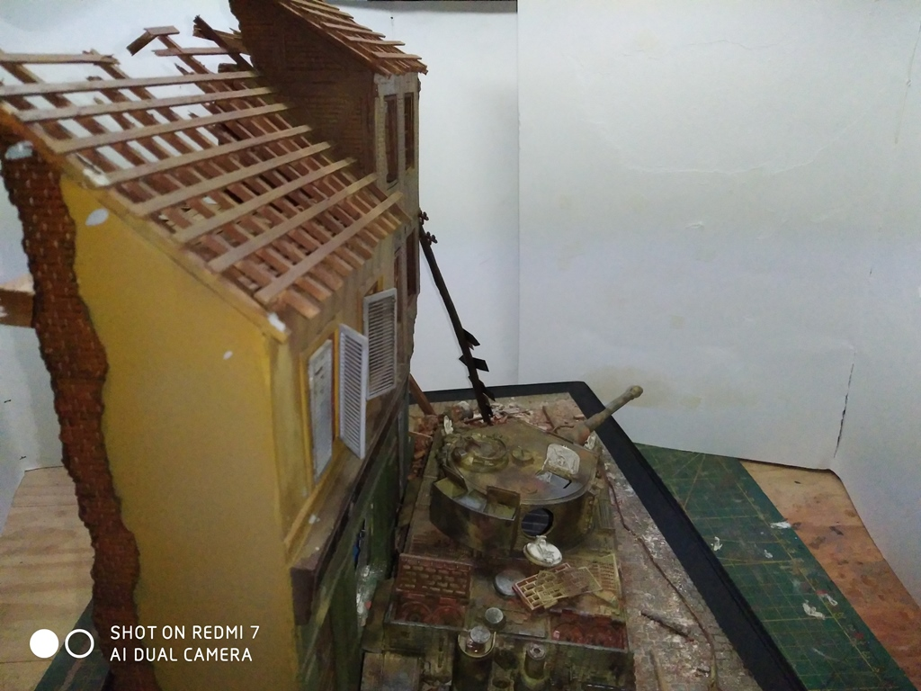 TERMINE....Juin 1944 Rauray 1944 la fin du monstre.....Tigre Dragon, Zimmerit Atak, ruine MiniArt - 1/35 - Page 2 22_12_13