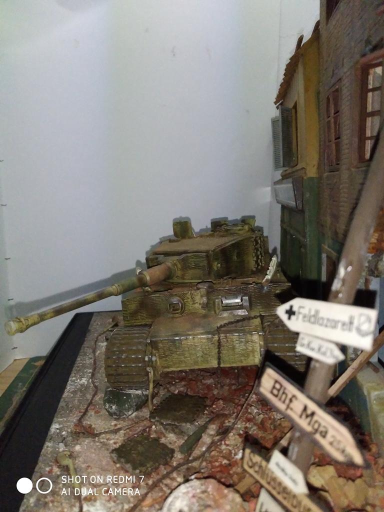 TERMINE....Juin 1944 Rauray 1944 la fin du monstre.....Tigre Dragon, Zimmerit Atak, ruine MiniArt - 1/35 - Page 2 22_12_16