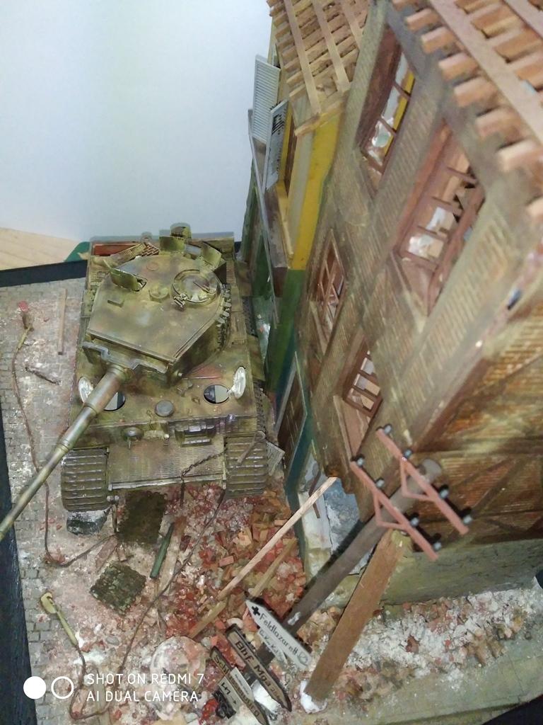 TERMINE....Juin 1944 Rauray 1944 la fin du monstre.....Tigre Dragon, Zimmerit Atak, ruine MiniArt - 1/35 - Page 2 22_12_17