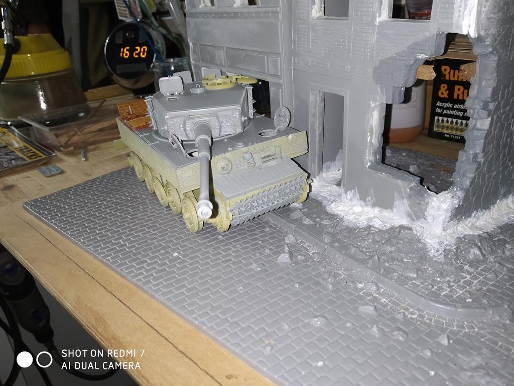 Juin 1944 Rauray 1944 la fin du monstre.....Tigre Dragon, Zimmerit Atak, ruine MiniArt - 1/35 5_12_810