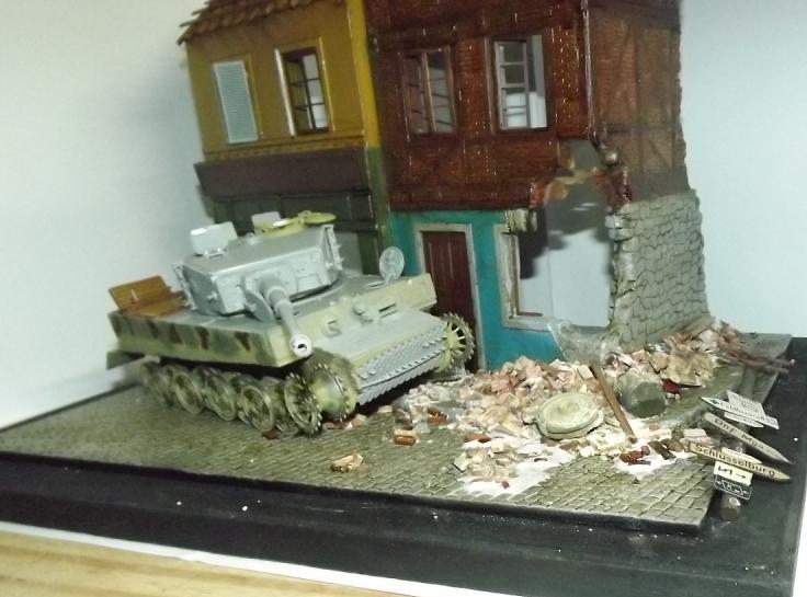TERMINE....Juin 1944 Rauray 1944 la fin du monstre.....Tigre Dragon, Zimmerit Atak, ruine MiniArt - 1/35 Dscf4319