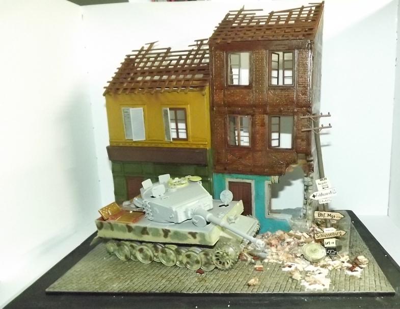TERMINE....Juin 1944 Rauray 1944 la fin du monstre.....Tigre Dragon, Zimmerit Atak, ruine MiniArt - 1/35 Dscf4320