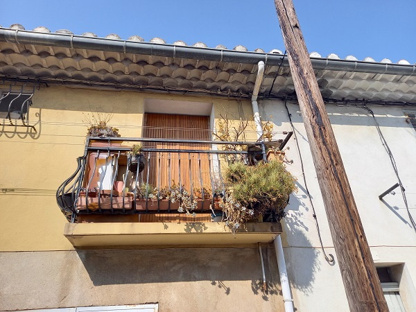 Des balcons de fous - Page 4 20210837