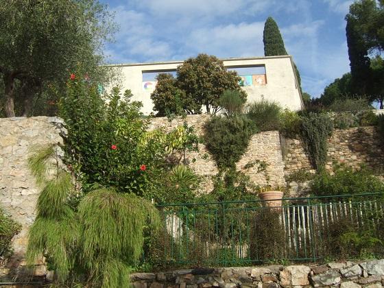 (83) Parc Saint-Bernard et Villa Noailles - Hyères - Page 7 Dscf0334