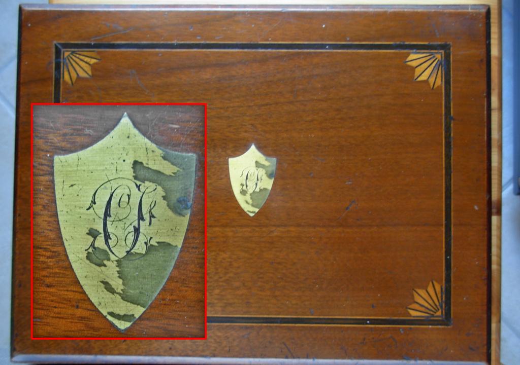 recherche photos plaque laiton ou autres coffret Chamelot Delvigne 1873 Coffre12