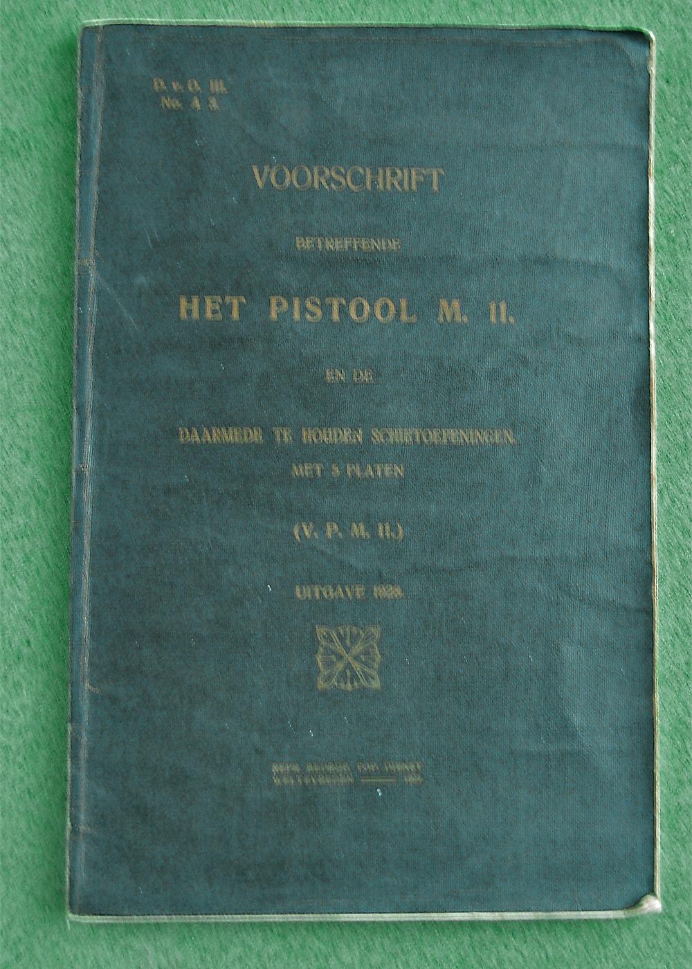Les étuis et accessoires des Luger hollandais. Dscn4615