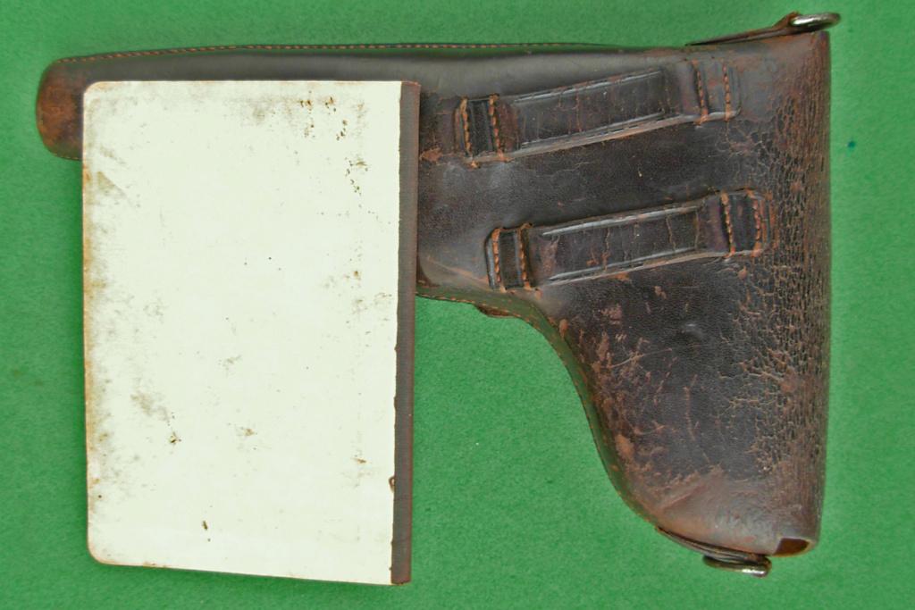 Pour le Luger suisse modèle 1900 Dscn5010