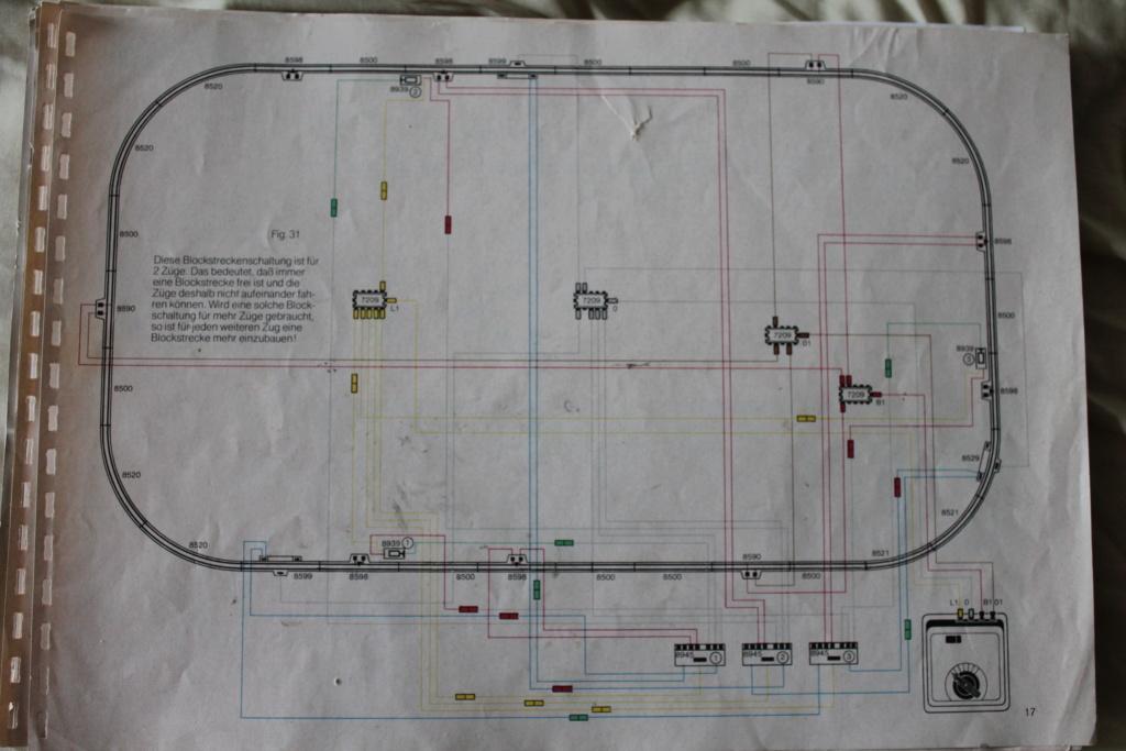 comment faire circuler deux trains en même temps sur une voie unique en analogique ?? Img_4943