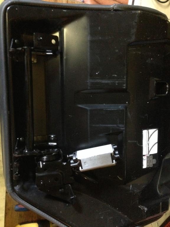 [TUTO] montage banquette Electrique dans une safrane PH2   Img_3548