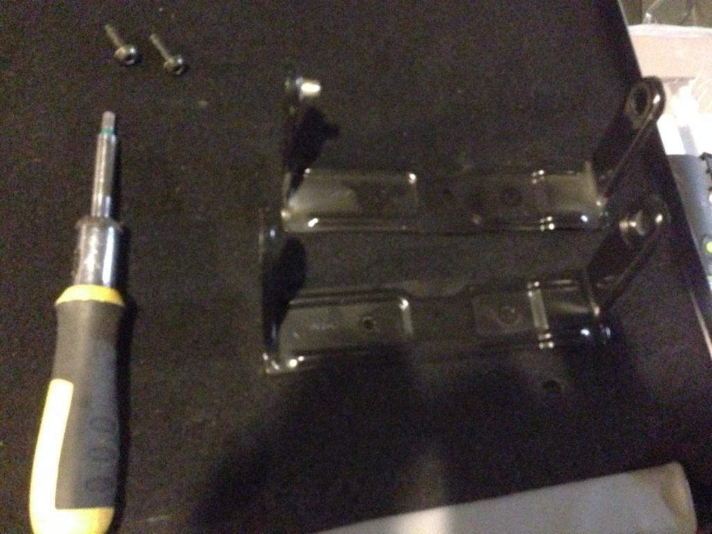 [TUTO] montage banquette Electrique dans une safrane PH2   Img_3561
