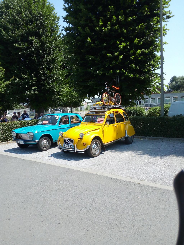 Rassemblement voitures anciennes sur hinges Img_2023