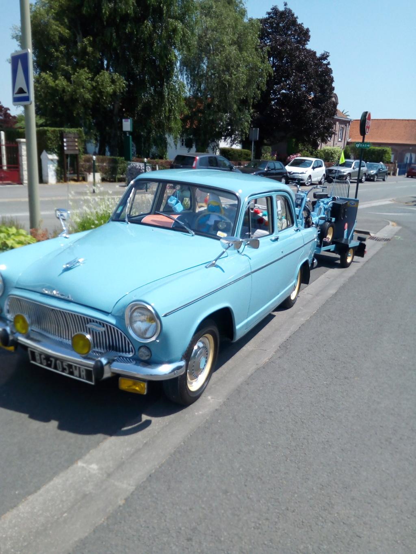 Rassemblement voitures anciennes sur hinges Img_2025