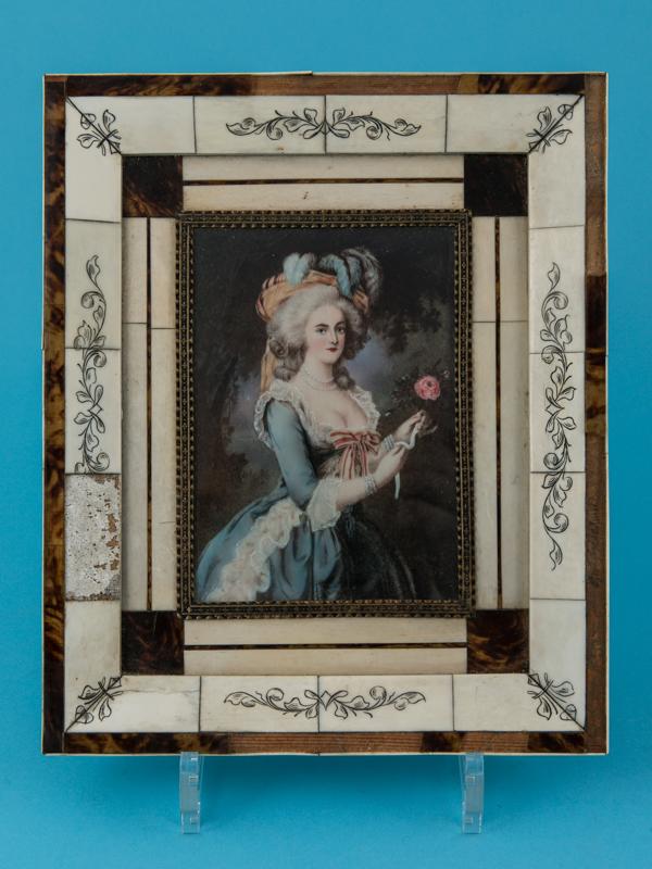 Variations sur le portrait à la rose - Page 14 33326-10