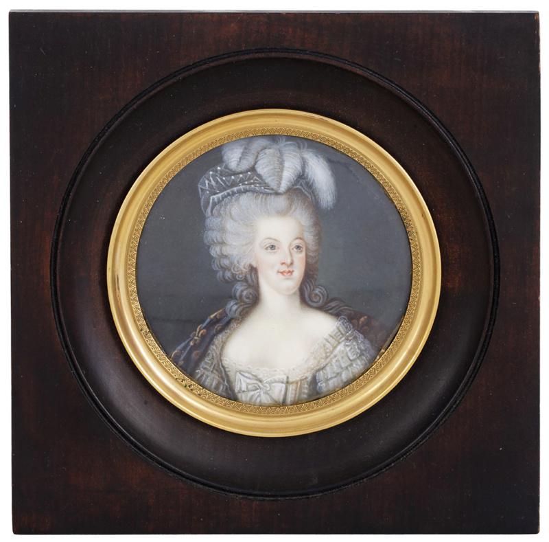 Portrait de la Reine 1778 - Page 4 Zzzo23