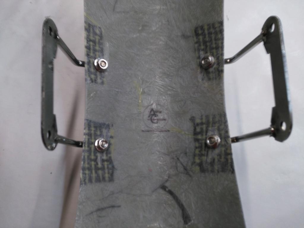 Garde-boue Racer à peindre pour XJR 1300. Img_2055