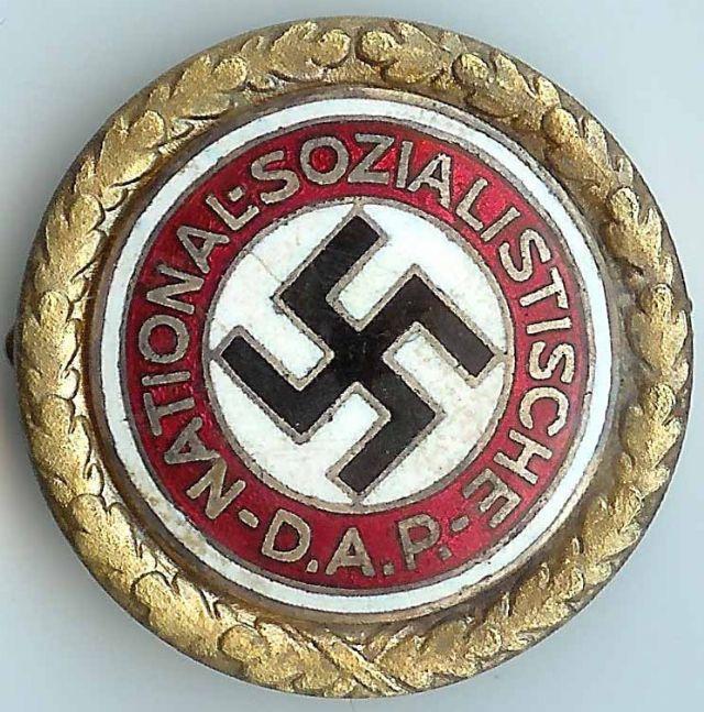Badges du NSDAP - Page 3 Gold_p18