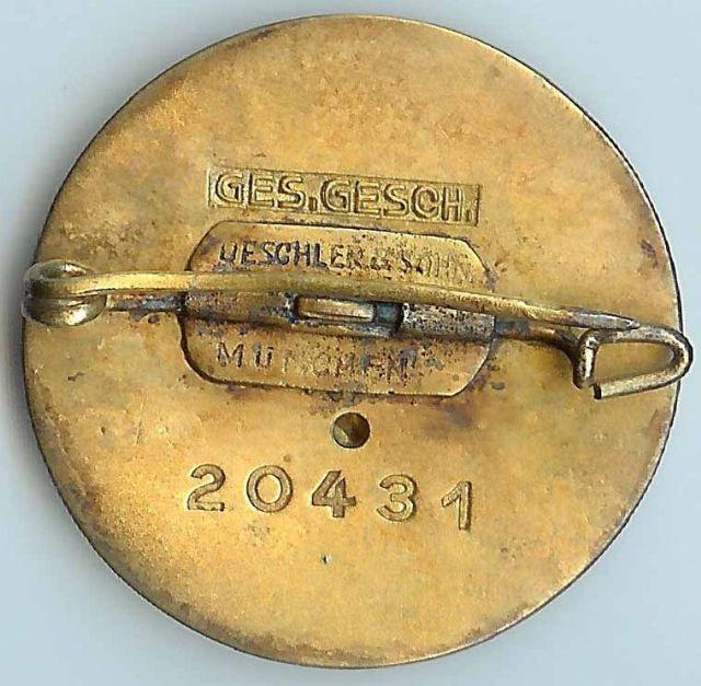 Badges du NSDAP - Page 3 Gold_p19