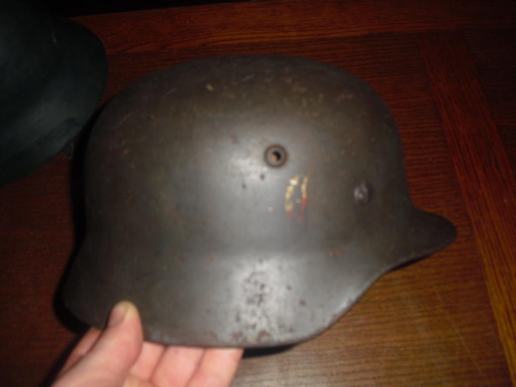 deux casque allemand MOD 35 Cimg9644