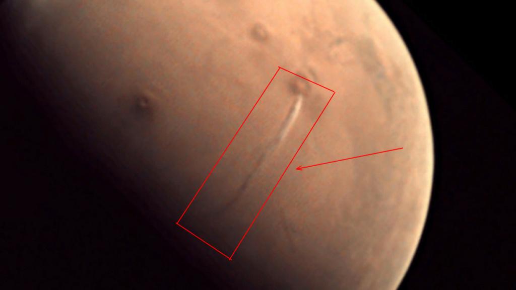 Таинственная полоса на Марсе _u31