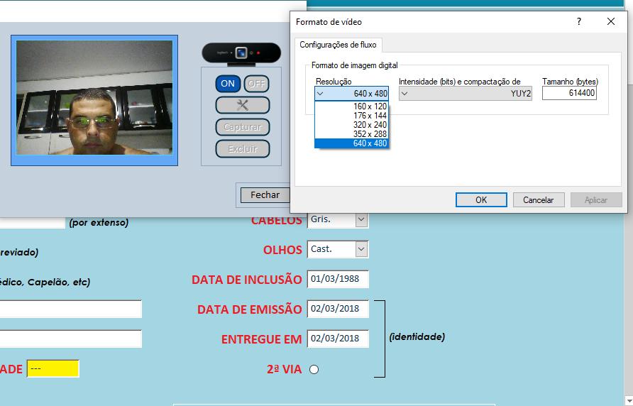 Ajuda para finalizar a função de tirar foto pela webcam num formulário Sem_tz10