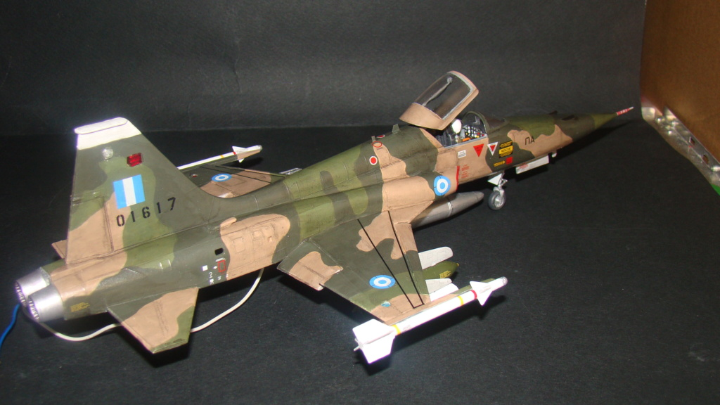 [Testors] Northrop Freedom Fighter F-5A 1/48 Armee de l'Air Greque Dsc08135