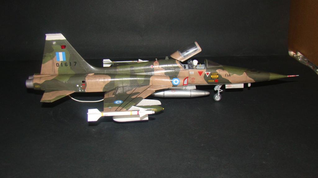 [Testors] Northrop Freedom Fighter F-5A 1/48 Armee de l'Air Greque Dsc08137